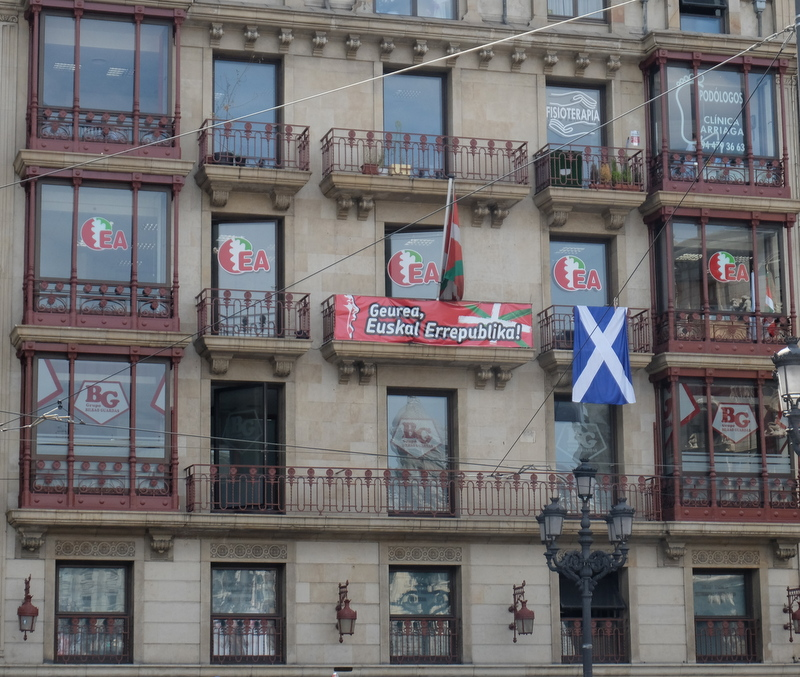Scottish flag & Basque support